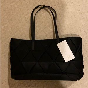 Lululemon Quilted Tote NWT